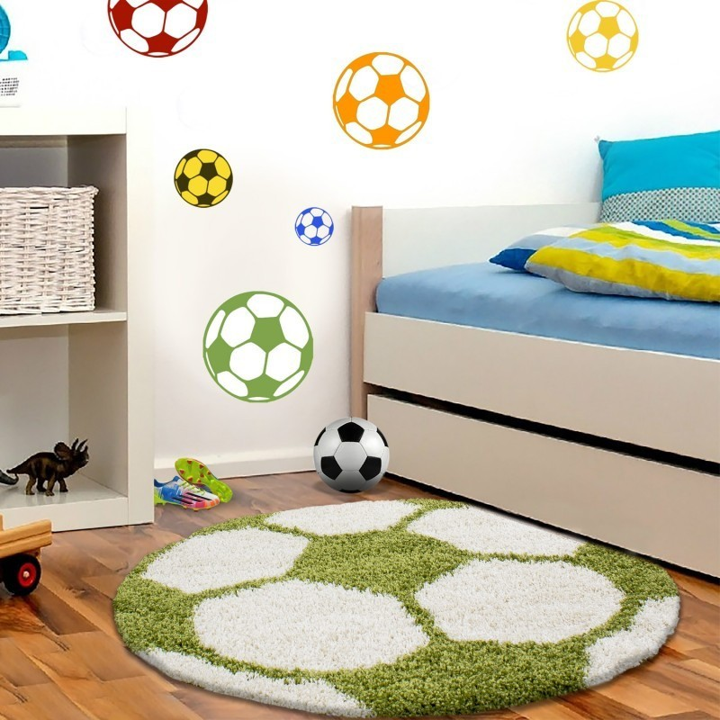 kinderteppich f r kinderzimmer fussball form hochflor teppich gr n weiss. Black Bedroom Furniture Sets. Home Design Ideas
